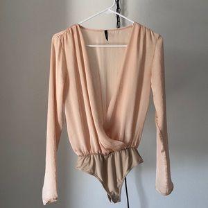 💗 Silky champagne Bodysuit 💗